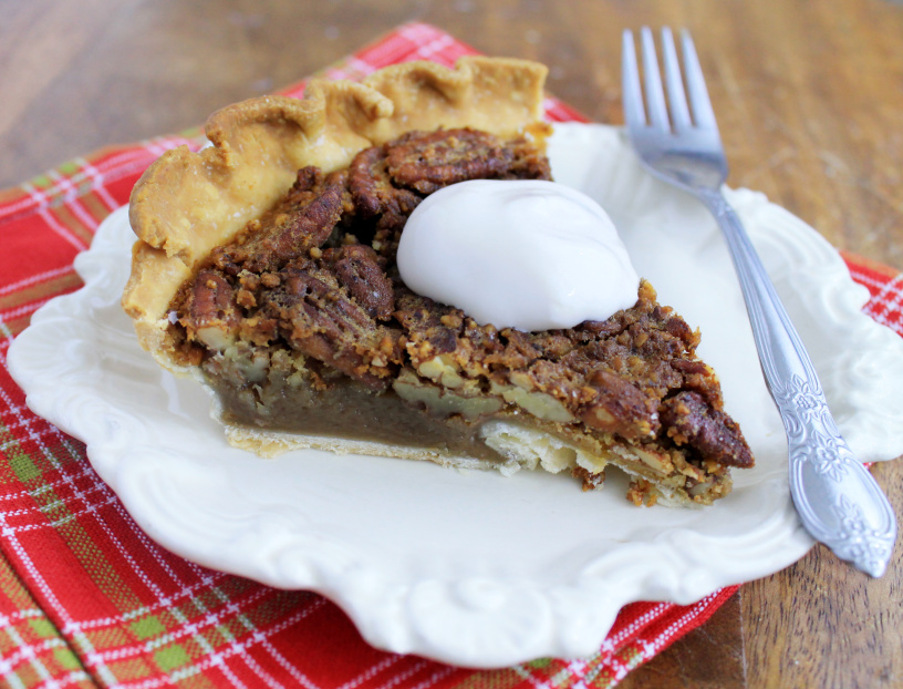 low-sugar-pecan-pie-piece